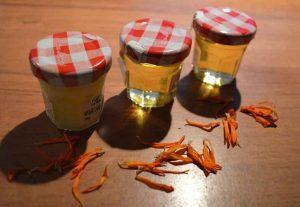 homemade vegan calendula zalf