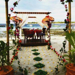 gili islands lombok indonesia romantic wedding setting valentijn